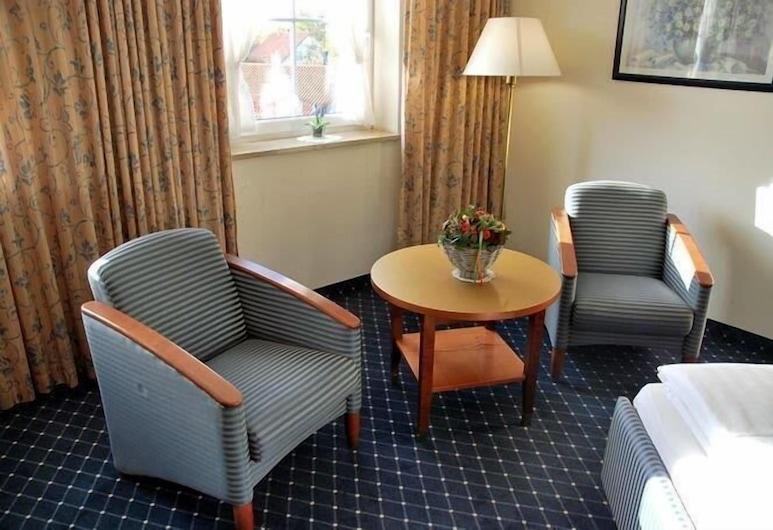 Hotel-Gasthof Maisberger, Neufahrn bei Freising, Basic Double Room, Ruang Tamu