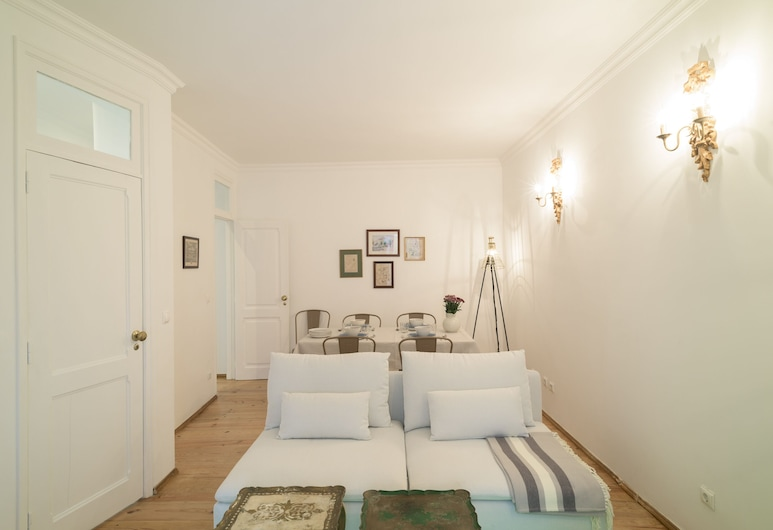 Spacious Bairro Alto Apartment + Courtyard + Free Pickup, By TimeCooler, Lisbon, Apartment, 2 Bedrooms, Living Room