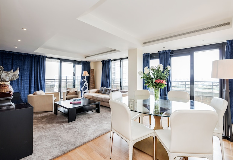 Point West Apartments, London, Luxury Penthouse, Living Area