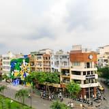 Deluxe-Vierbettzimmer - Blick auf die Stadt