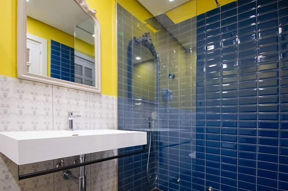 Comfort Twin Room (Borgo Marinari) - Bathroom
