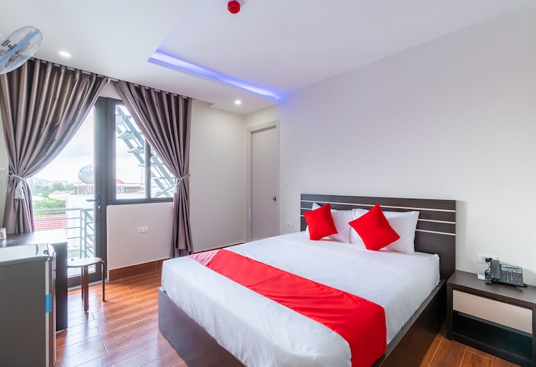 OYO 344 Three Girl Hotel & Apartment, Da Nang, Deluxe Double Room, Guest Room