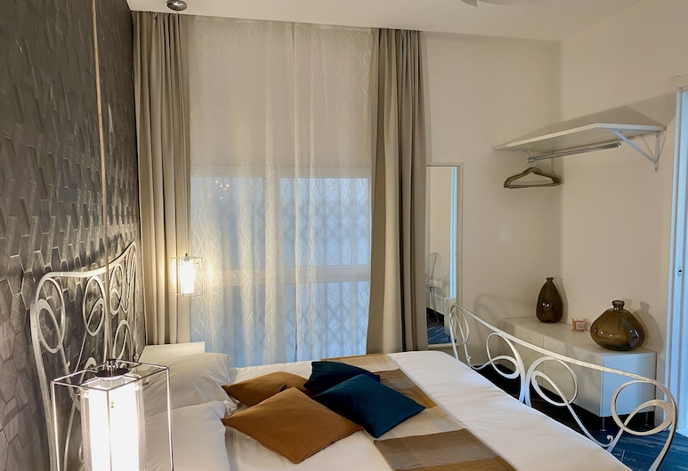 Le Mura Suite, Bergamo, Basic Double or Twin Room, Ground Floor (3), Guest Room