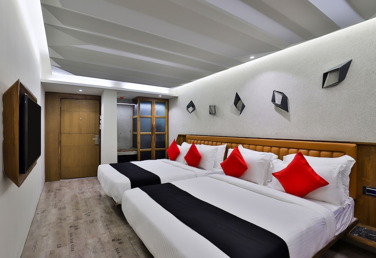 Antarim Express, Ahmedabad, Family Room, Guest Room