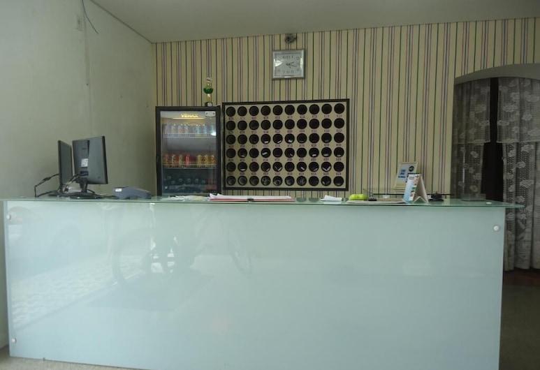 Hotel Iria's, Timbo