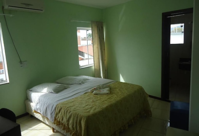Hotel Iria's, Timbo, Single Room, Guest Room