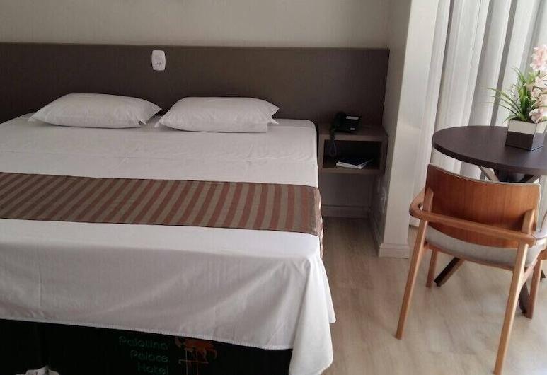Palotina Palace Hotel, Palotina, Suite, Guest Room