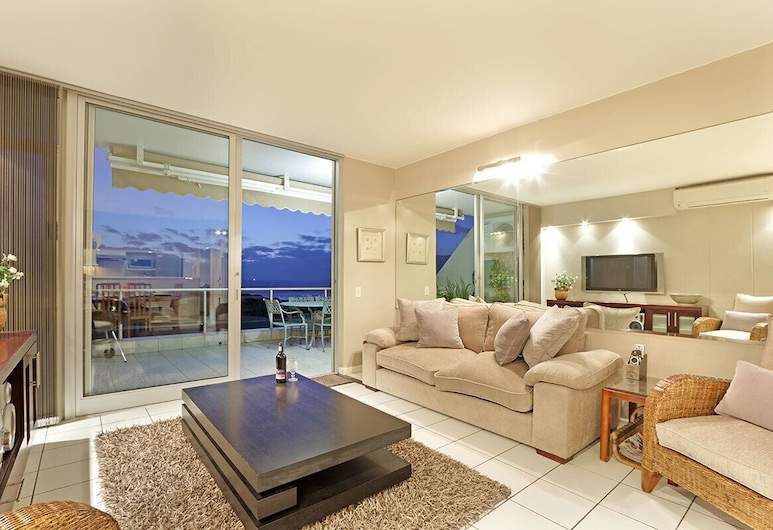 Dolphin Beach H106, Cape Town