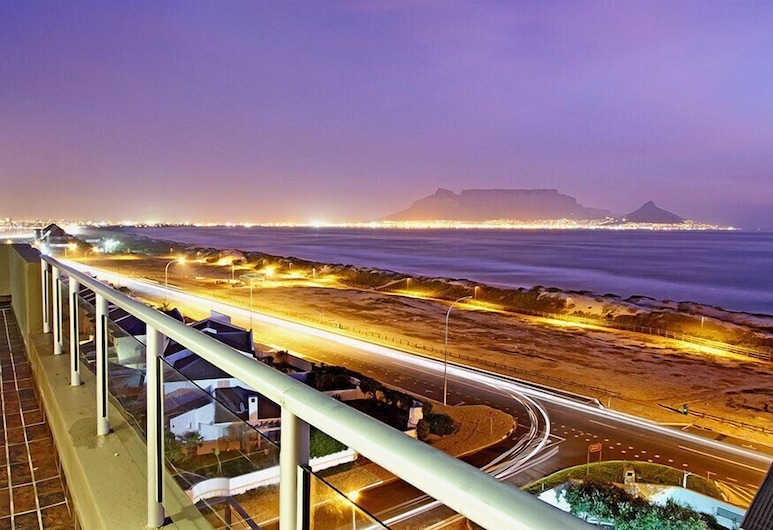 Nautica 701, Cape Town