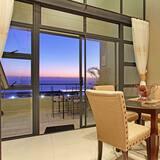 Standard Suite, 2 Bedrooms - In-Room Dining