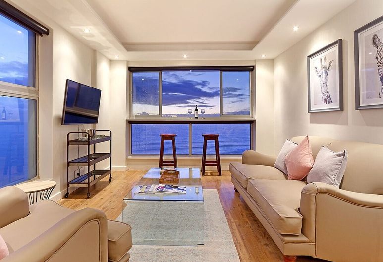 Blouberg Heights 1608, Cape Town, Standard Suite, 2 Bedrooms, Living Area