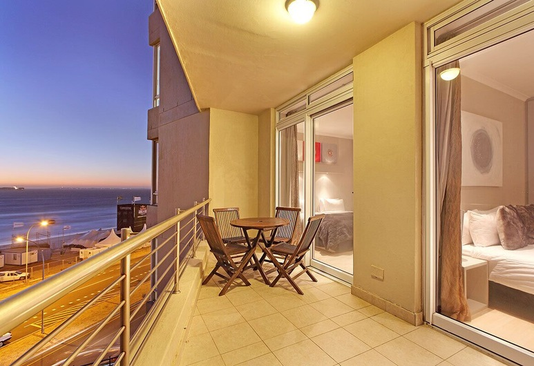Exquisite Beachfront Apartments, Cape Town, Standard Suite, 2 Bedrooms, Balcony
