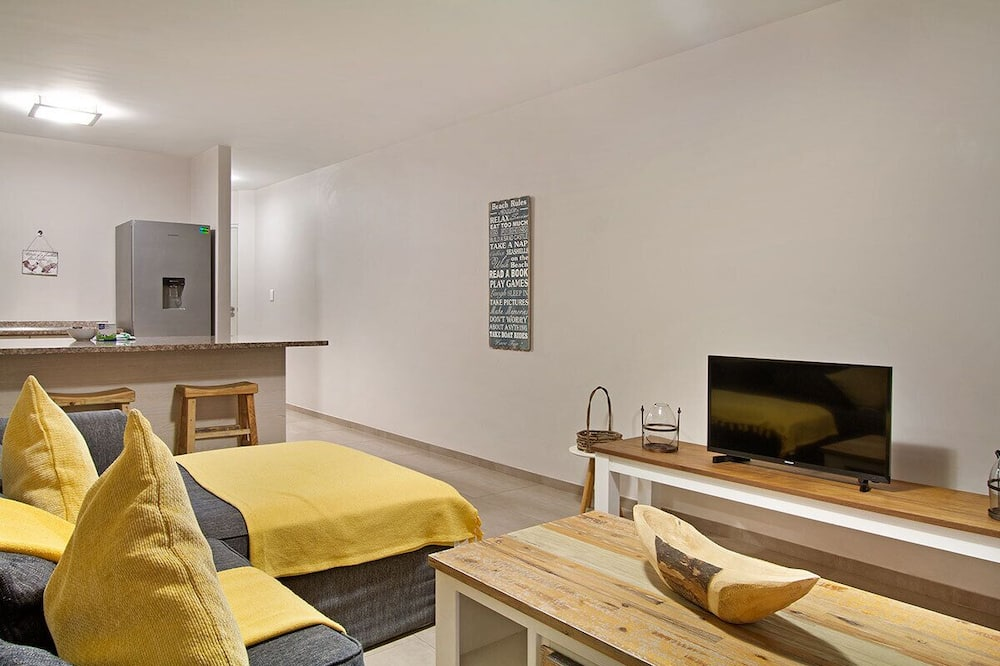 Business Suite, 1 Bedroom - Living Area