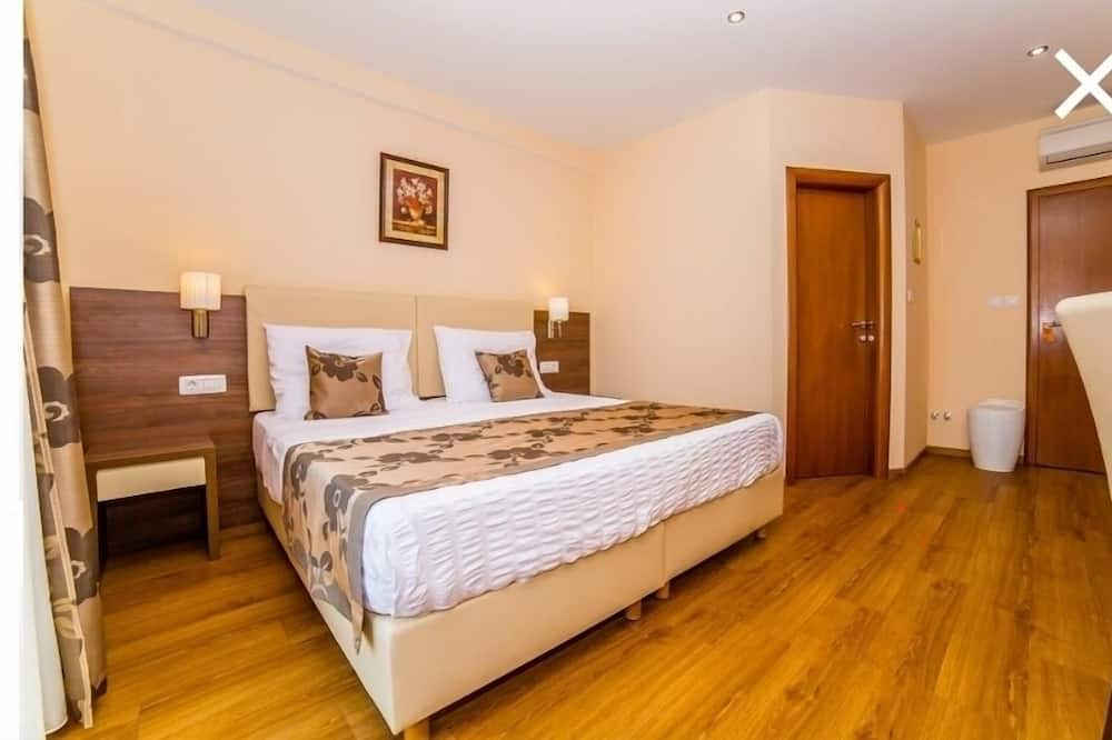 Double Room, Mountain View (4) - Guest Room