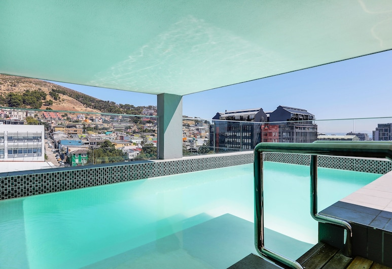 Luxury Table Mountain Balcony Apartment, Cape Town, Rooftop Pool