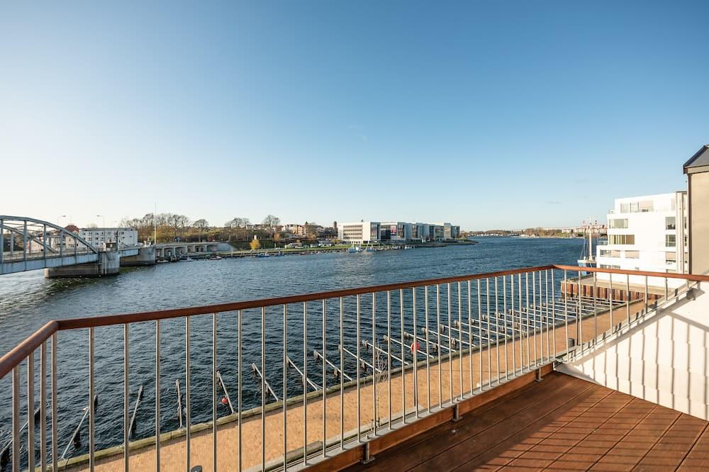 Эксклюзивные апартаменты - Балкон