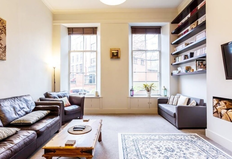 Vibrant Spacious Apartment In West End, Glasgow, Apartment (Ground Floor), Living Room