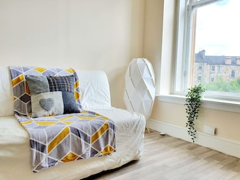 Picture of Gorgeous Light Apartment In West End in Glasgow