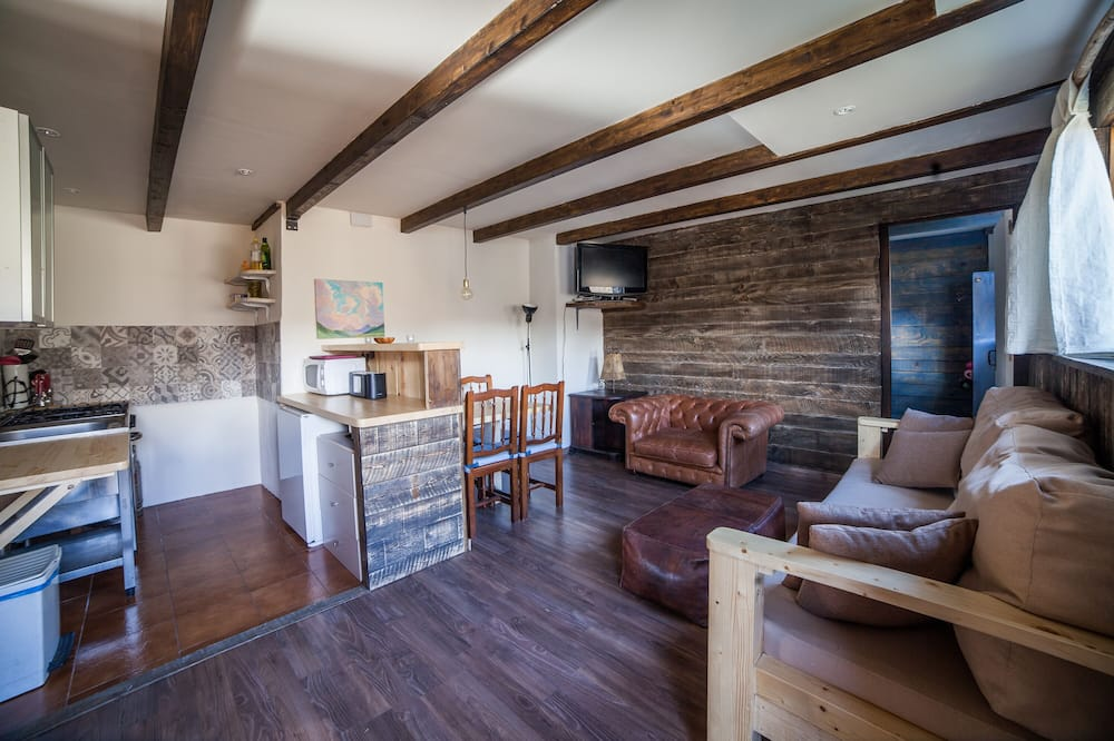 Lejlighed - 2 soveværelser - terrasse - bjergudsigt - Opholdsområde