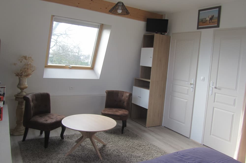 Double or Twin Room, Garden View (Ruches) - Living Area