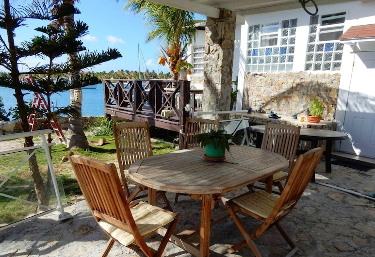 House With one Bedroom in Saint-martin, With Wonderful sea View, Furnished Garden and Wifi - 100 m From the Beach, Nettle Körfezi