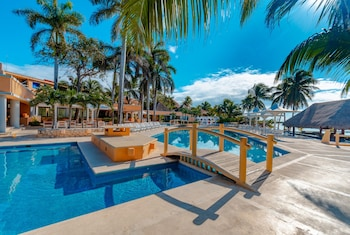 ภาพ PA Beach Club & Hotel by GuruHotel ใน Puerto Aventuras