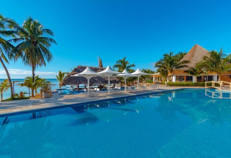 PA Beach Club & Hotel by GuruHotel, Puerto Aventuras, Piscina