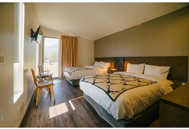 Terra Nova Cabins, Вест-Єллоустоун, Будиночок категорії «Комфорт», 2 ліжка «квін-сайз» (With View), Номер