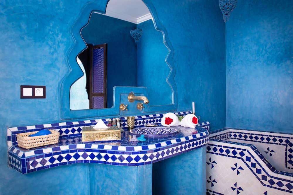 ห้องดีลักซ์ดับเบิลหรือทวิน (Thilleli) - ห้องน้ำ