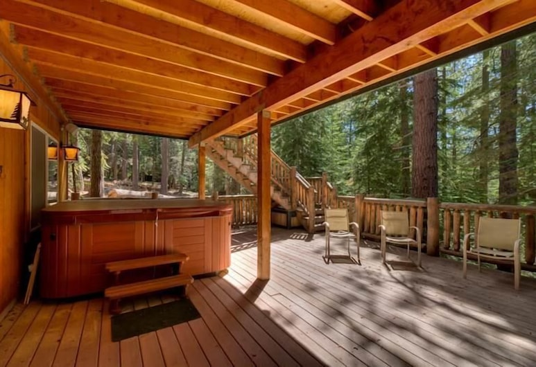 Mv16 : Bear Lair Estate With Hot Tub, South Lake Tahoe, Domek, Wiele łóżek (MV16 : Bear Lair Estate With Hot Tub), Balkon