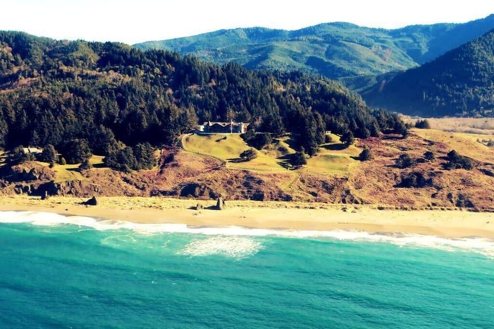 Alpehytte - flere senge (MV28: Gold Beach Oceanfront Estate) - Strand