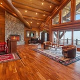 Alpehytte - flere senge (MV28: Gold Beach Oceanfront Estate) - Stue