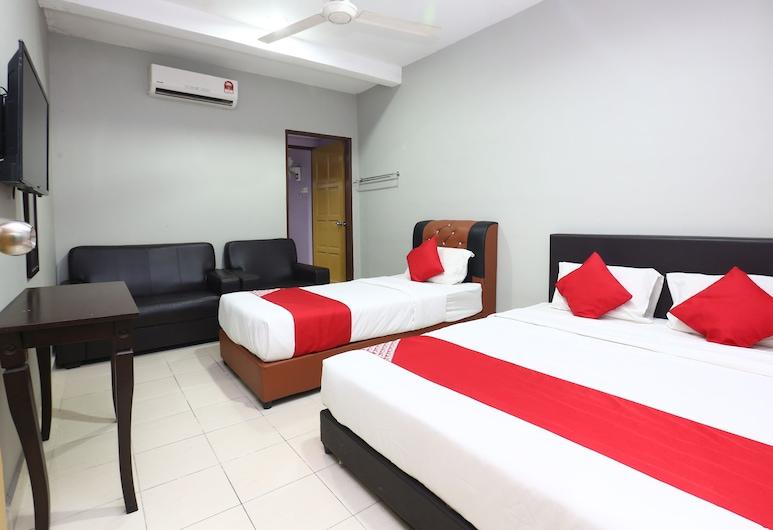 OYO 89452 Best Eastern Hotel, Kota Bharu, Rodinný pokoj s dvojlůžkem, Pokoj