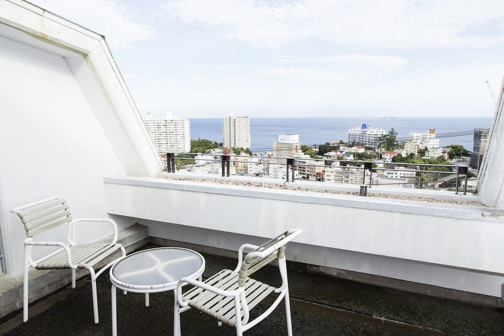 Chambre Tradition, non-fumeurs, terrasse (Japanese Style, Top Floor, Staircases) - Balcon