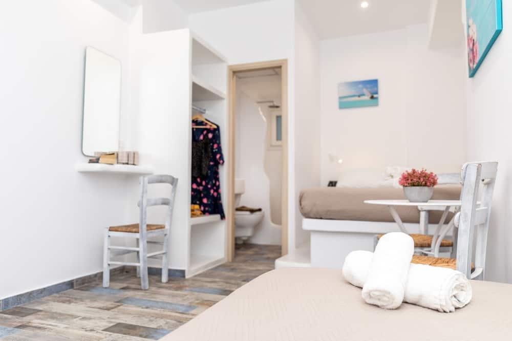 Deluxe Triple Room - Room