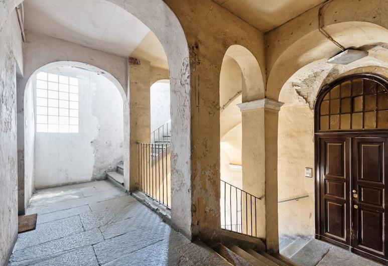 Palazzo Botero Cozy Studio, Turin, Property entrance