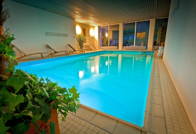 Hotel Weyer, Bad Neuenahr-Ahrweiler, Sundlaug