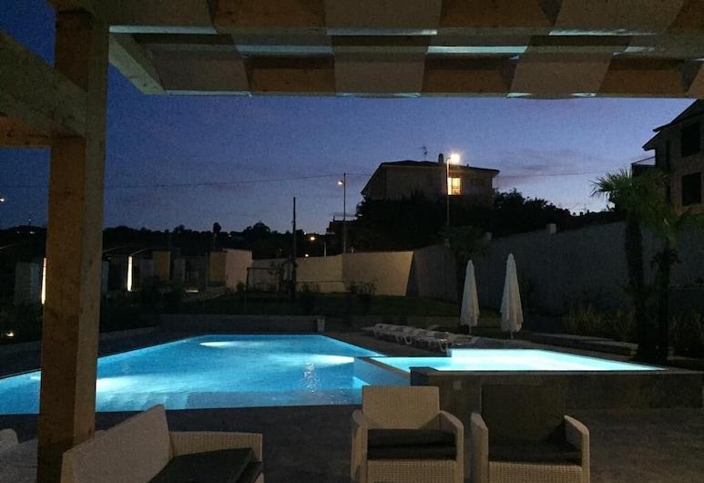 Residence Villa Canepa, Diano Marina, Välibassein