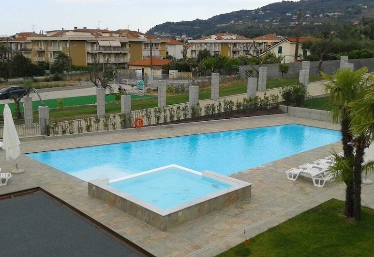 Residence Villa Canepa, Diano Marina, Kültéri medence
