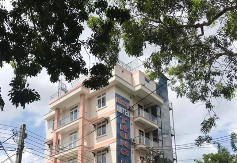 Khách sạn Trung Hậu, Côn Sơn, Mặt tiền khách sạn