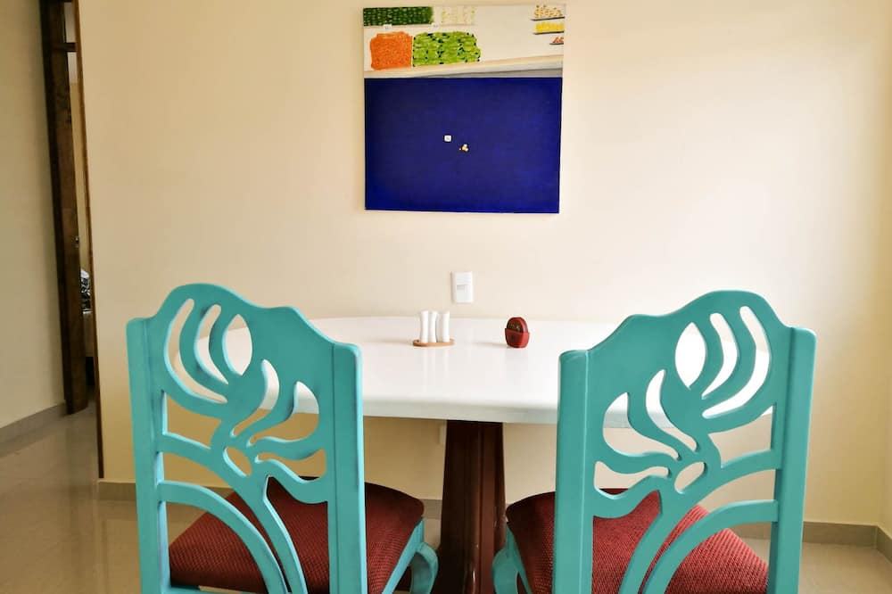 Standard Apartment - In-Room Dining