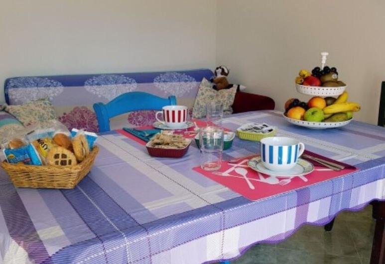 Bed And Breakfast Corticella 24, Bologna, Sala colazione