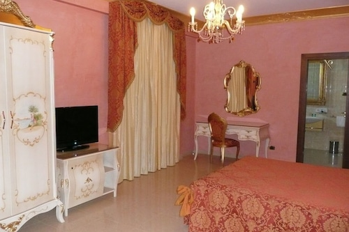 Book Hotel Riva Del Sole In Porto Cesareo Hotels Com