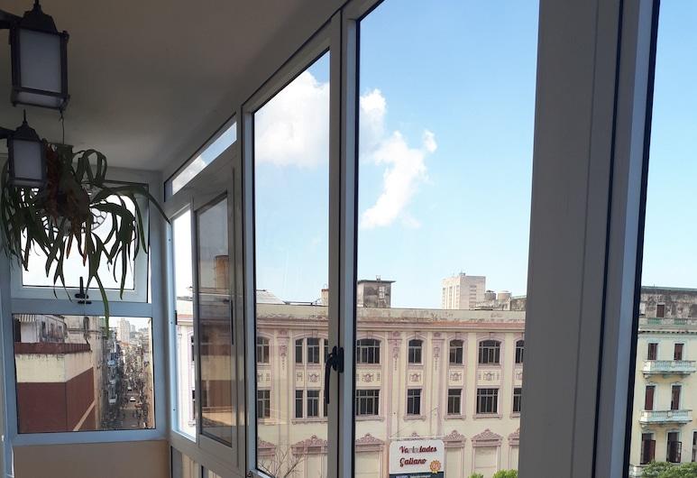 Apartment Boulevard San Rafael, Havana, Terasa
