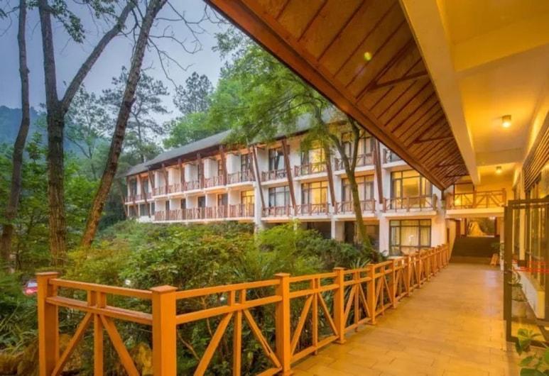 Floral Hotel Qing Lan Ju Dragon Valley, Guilin
