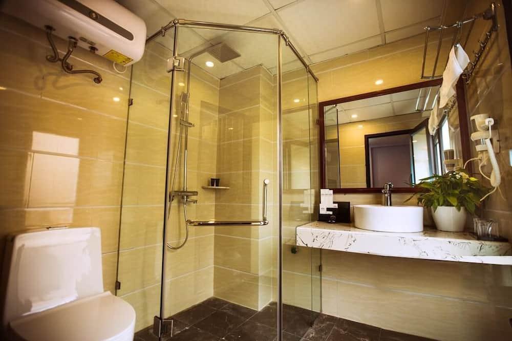 סוויטת סטודיו יוקרתית, מיטת קינג, ללא עישון, חדר רחצה פרטי - חדר רחצה