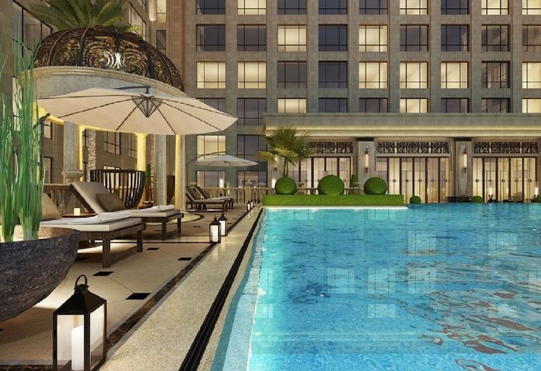 Jin Bei Palace Hotel, Sihanoukville, Pool