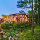 Floral Hotel Lynn's Resort Suzhou