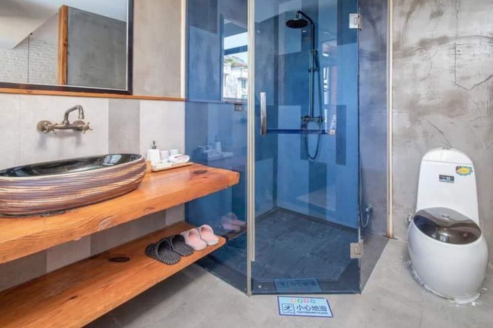 Deluxe Double Room A - Bathroom