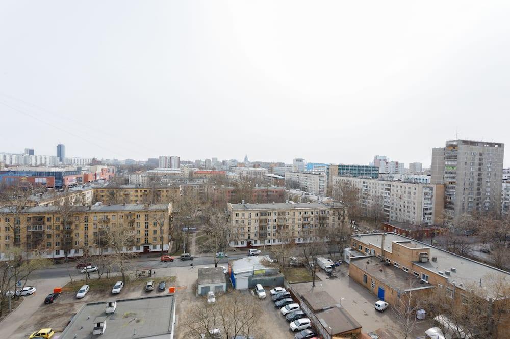 Dzīvokļnumurs, balkons - Skats uz pilsētu